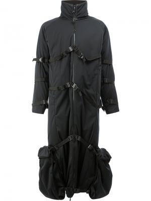 Пальто с ремешками и высокой горловиной Cottweiler. Цвет: чёрный