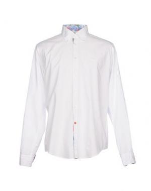 Pубашка ERA. Цвет: белый