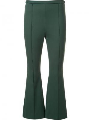 Расклешенные укороченные брюки Rosetta Getty. Цвет: зелёный