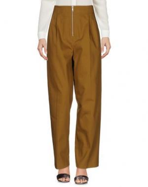 Повседневные брюки CÉLINE. Цвет: зеленый-милитари