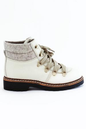 Ботинки Elena. Цвет: молочный