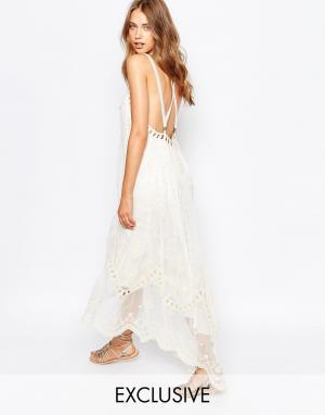 White Sand Кружевное платье с вышивкой и удлиненной кромкой Ophelia