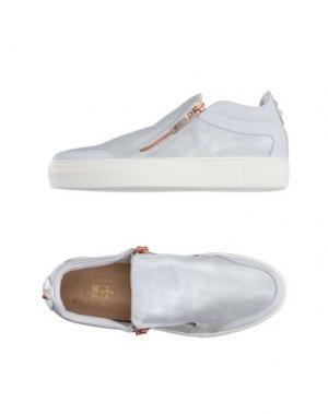 Низкие кеды и кроссовки D'ACQUASPARTA. Цвет: серебристый