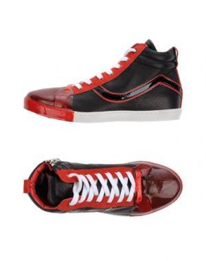 Высокие кеды и кроссовки LE CROWN. Цвет: черный