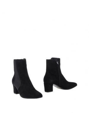 Полусапоги и высокие ботинки CARRARO. Цвет: черный