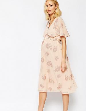 ASOS Maternity Платье миди для беременных с рукавом-бабочкой и цветочным принтом. Цвет: мульти