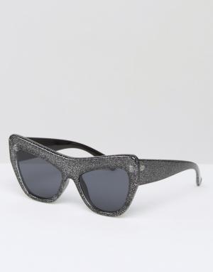 Le Specs Солнцезащитные очки кошачий глаз с блестящей оправой. Цвет: черный