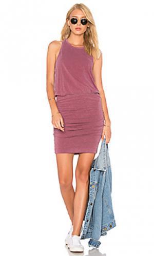 Платье на шлейках с рюшами SUNDRY. Цвет: сиреневый