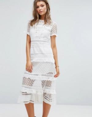 Foxiedox Платье миди с кружевными вставками Premium. Цвет: белый
