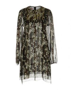 Короткое платье GIAMBA. Цвет: зеленый-милитари