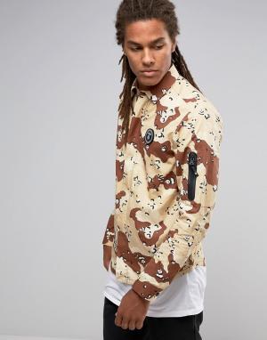 AAPE BY A BATHING APE Рубашка классического кроя с камуфляжным принтом. Цвет: коричневый