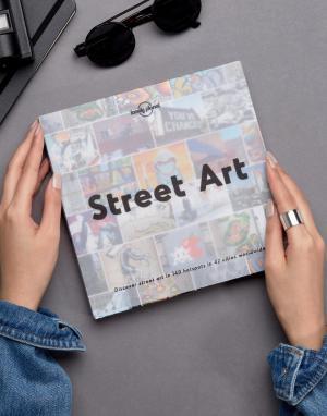 Books Книга Street Art из серии Lonely Planet. Цвет: мульти