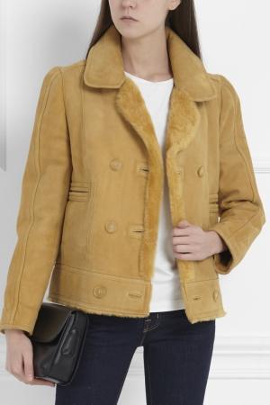 Замшевая куртка-дубленка Carven. Цвет: золотисто-бежевый