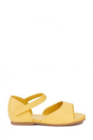 Желтые кожаные сандалии Marta Age of Innocence. Цвет: желтый