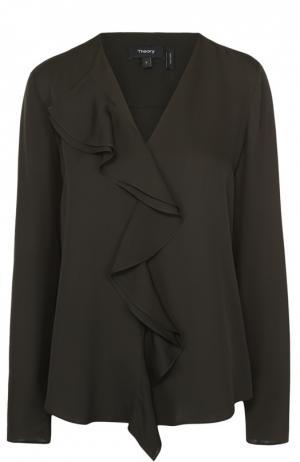 Шелковая блуза прямого кроя с V-образным вырезом и оборками Theory. Цвет: темно-зеленый