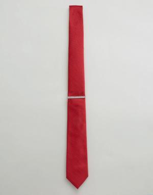 Burton Menswear Галстук с зажимом. Цвет: красный