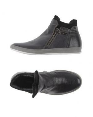 Высокие кеды и кроссовки MANAS. Цвет: черный