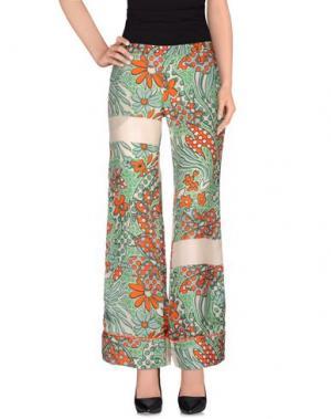 Повседневные брюки DV Roma. Цвет: зеленый