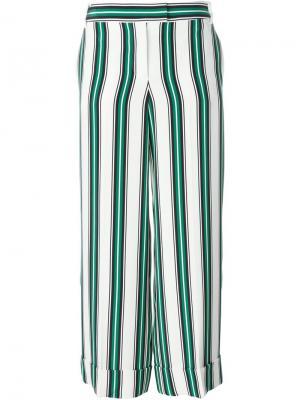 Широкие брюки в полоску Salvatore Ferragamo. Цвет: белый