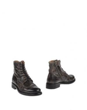Полусапоги и высокие ботинки YAB. Цвет: стальной серый