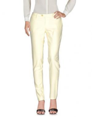 Повседневные брюки OAKS. Цвет: светло-желтый