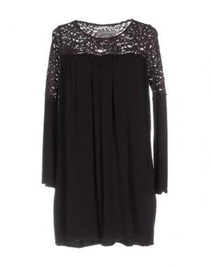 Короткое платье PINK MEMORIES. Цвет: фиолетовый
