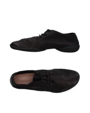 Низкие кеды и кроссовки TRIPPEN. Цвет: черный