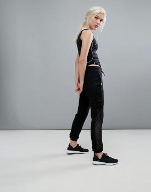 Only Play Спортивные штаны с сетчатыми вставками по бокам. Цвет: черный