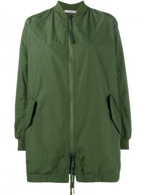 Удлиненная куртка-бомбер Vince. Цвет: зелёный