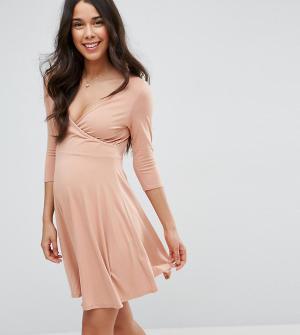 ASOS Maternity - Nursing Платье с запахом для беременных. Цвет: розовый