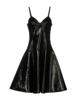 Платье до колена JONATHAN SAUNDERS. Цвет: черный