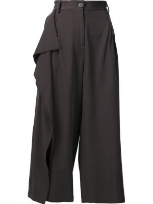 Укороченные брюки Isabel Benenato. Цвет: серый