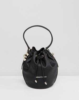 Versace Небольшая сумка с золотистыми заклепками Jeans. Цвет: черный