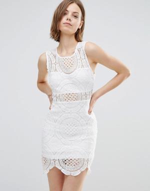 Parisian Кружевное платье с высокой горловиной. Цвет: белый