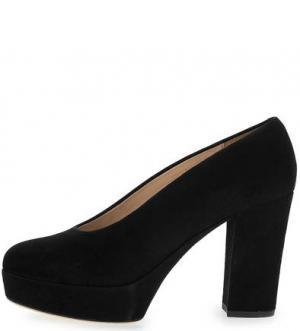 Замшевые туфли на платформе и каблуке UNISA. Цвет: черный