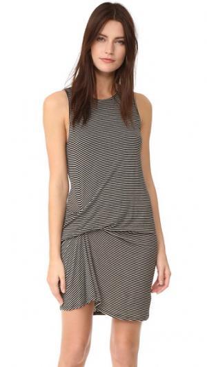 Платье Ricky Riller & Fount. Цвет: черные бобы