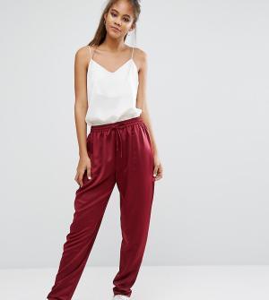 ASOS Tall Атласные брюки-галифе. Цвет: красный