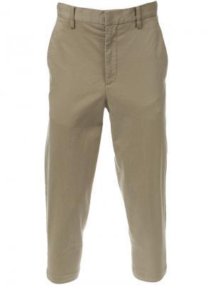 Зауженные к низу укороченные брюки-чинос Cityshop. Цвет: телесный