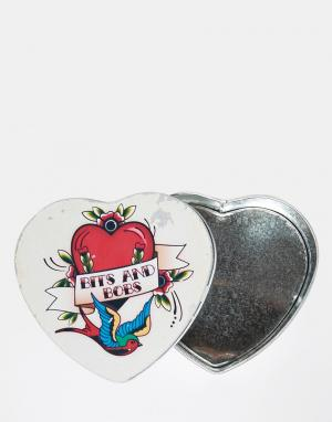 Temerity Jones Жестяная коробка в форме сердца с принтом татуировки. Цвет: мульти