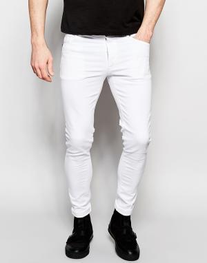 Dark Future Белые супероблегающие джинсы. Цвет: белый