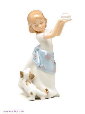 Фигурка Девочка Pavone. Цвет: белый (осн.), голубой