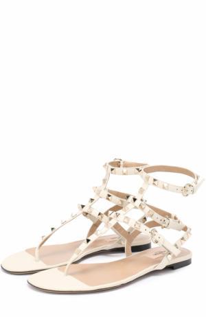 Кожаные сандалии Rockstud с ремешками Valentino. Цвет: белый