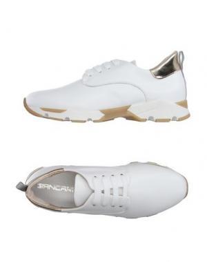 Низкие кеды и кроссовки GIANCARLO PAOLI. Цвет: белый