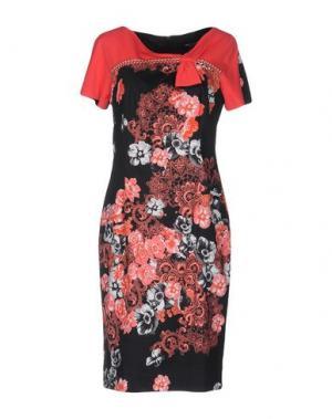 Платье до колена CHIARA D'ESTE. Цвет: красный