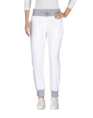 Повседневные брюки CAPOBIANCO. Цвет: белый