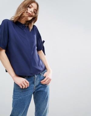 ASOS Свободная рубашка с завязками на рукавах. Цвет: темно-синий
