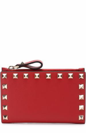 Кожаный бумажник  Garavani Rockstud Valentino. Цвет: красный