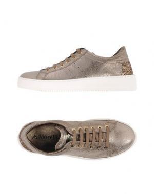 Низкие кеды и кроссовки ANDREA MORELLI. Цвет: бронзовый