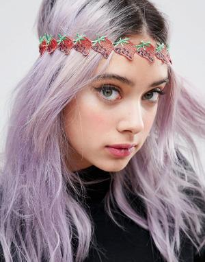 ASOS Украшение для волос ограниченной серии с клубничками. Цвет: красный