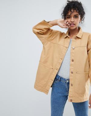Monki Джинсовая куртка с карманами. Цвет: желтый